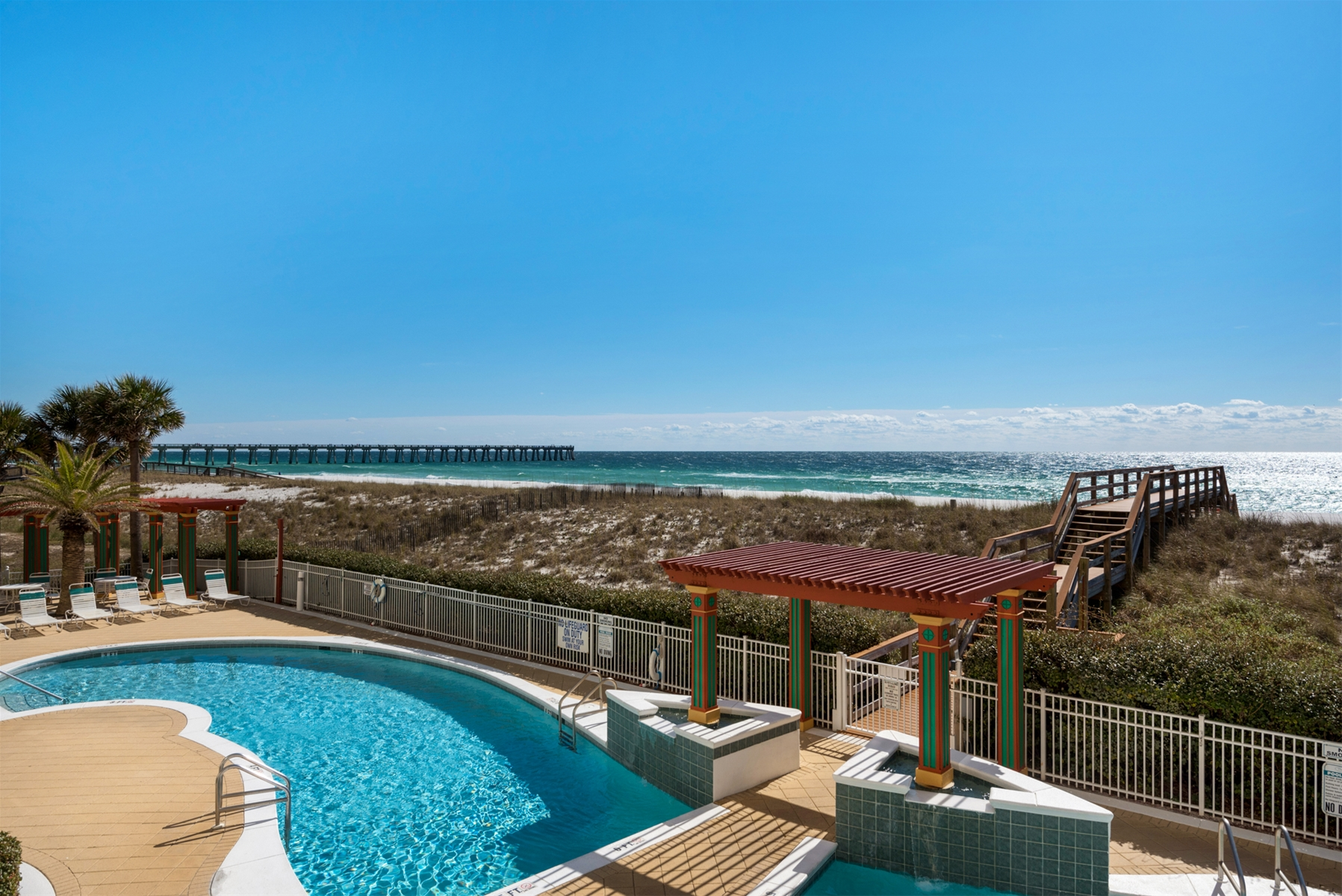 The Pearl of Navarre Pool Area and Beach Access